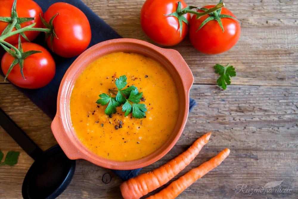 Zupa krem z pomidorów i marchewki
