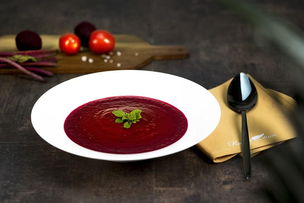 Zupa krem z buraka i pomidora