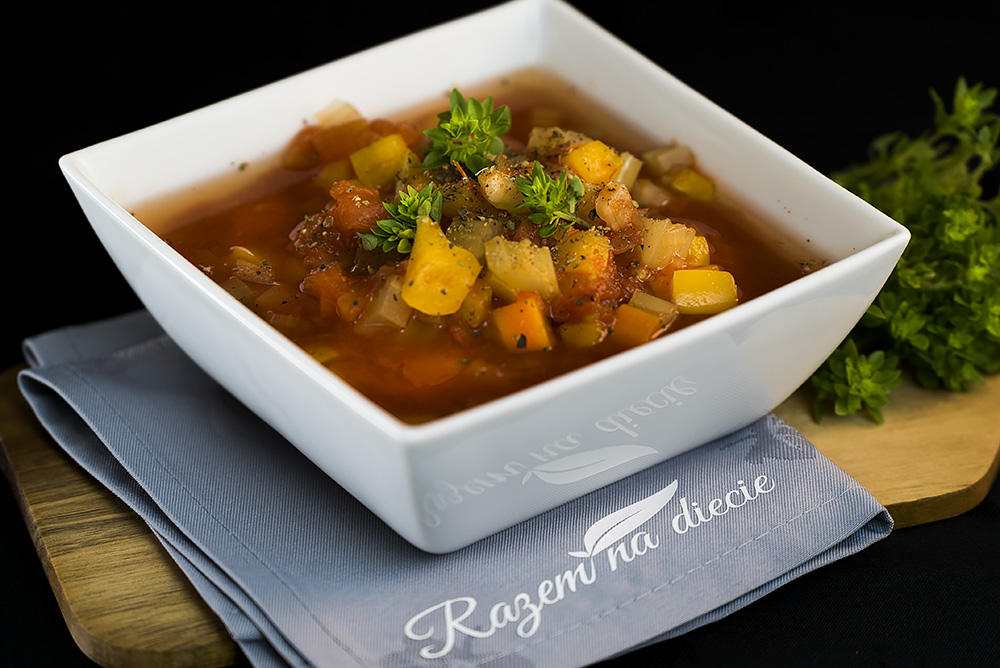 Jarska zupa gulaszowa