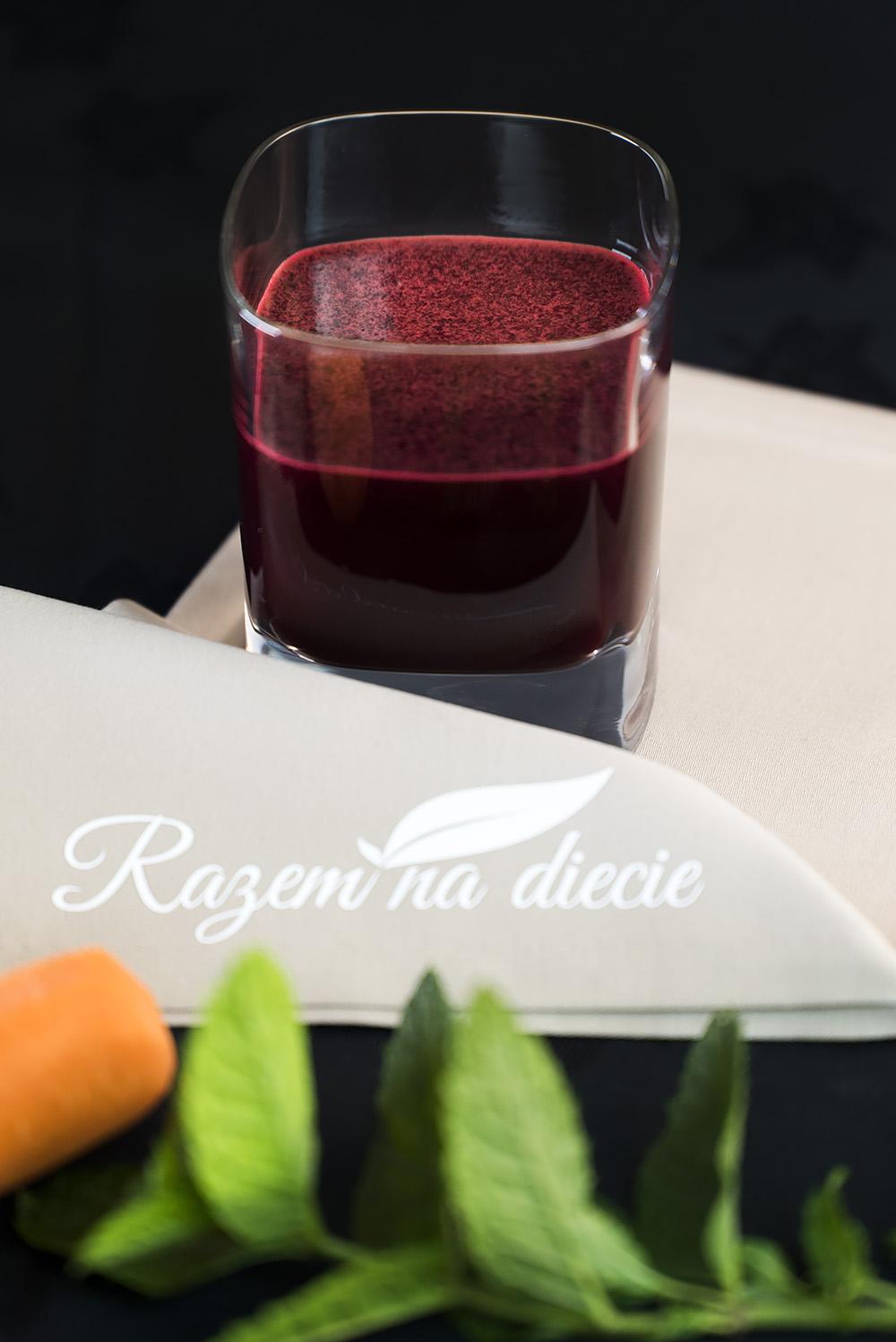 Energetyzujący sok z buraka, marchwi i jabłka
