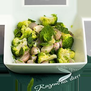 gotowane-brokuly-z-duszonymi-rzodkiewkami