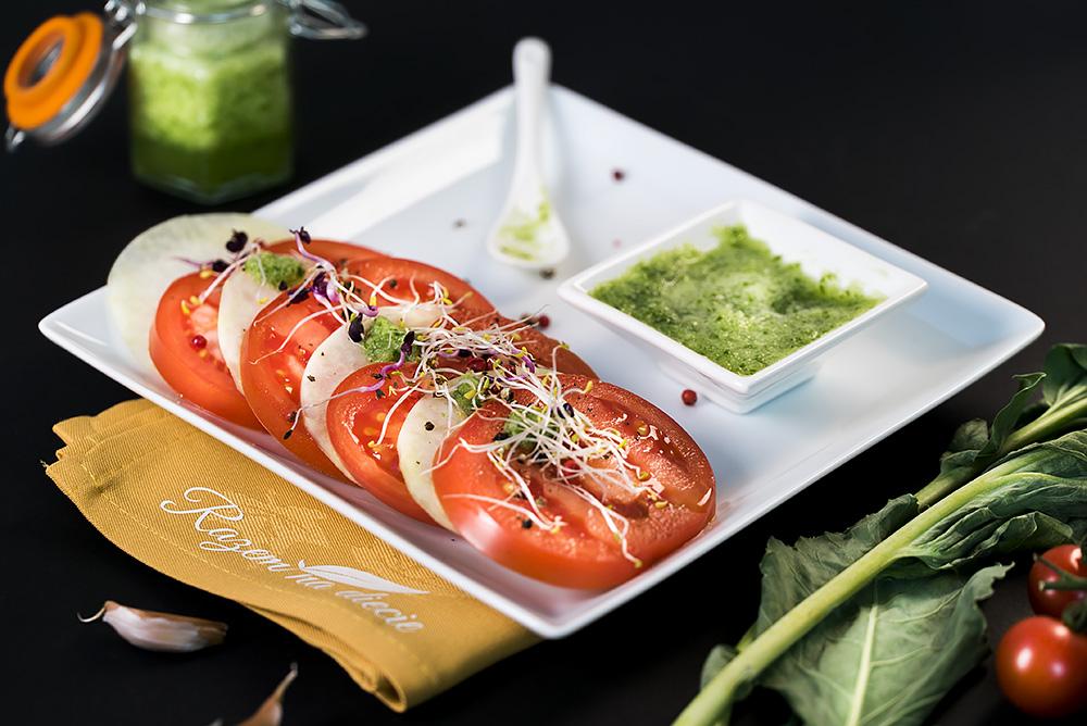 Carpaccio z kalarepy i pomidora